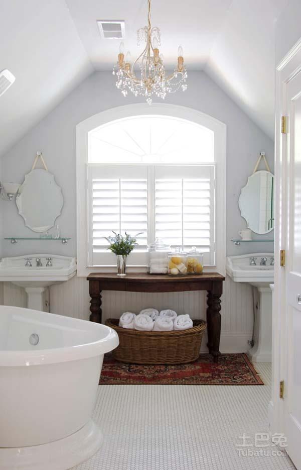 白色纯净卫浴空间
